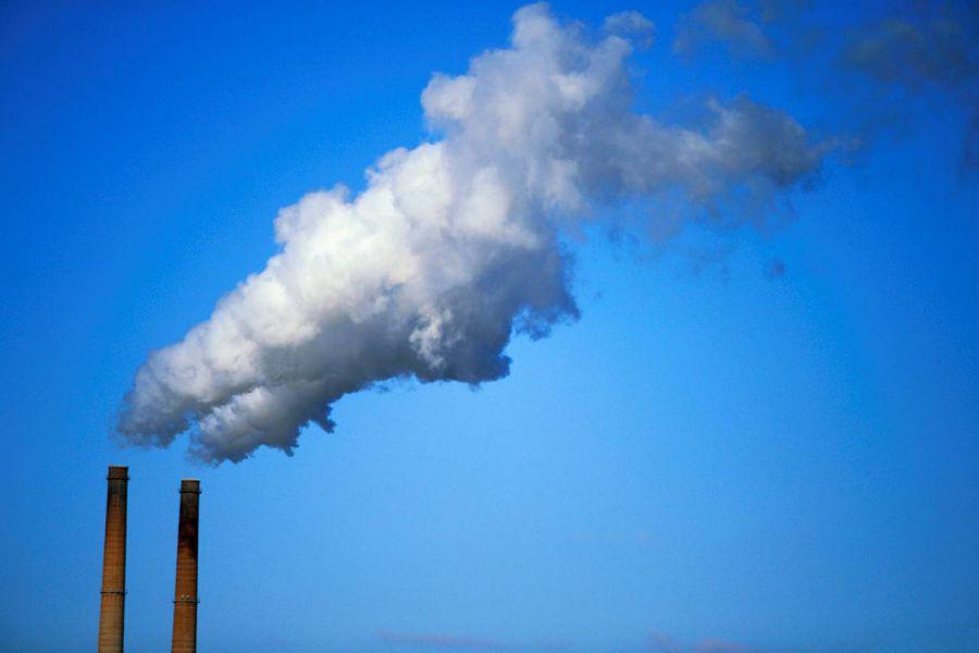 Científicos chinos descubren un nuevo método para convertir el CO2 en combustible líquido