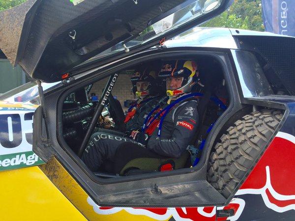 Carlos Sainz llega aún más líder a la última etapa del Dakar