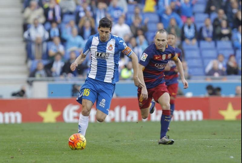 1-1. Piqué evita 'in extremis' la derrota contra el Español