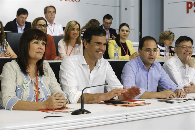 El PSOE aprueba por unanimidad sus listas al Congreso y al Senado