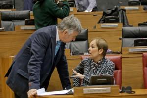 Uxue Barkos, Presidenta del Gobierno, Koldo Martínez (G.P. Geroa BAi)