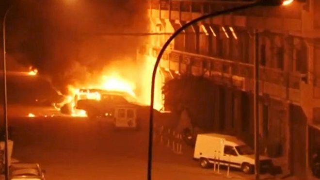 Al menos 20 muertos en un ataque de Al Qaeda a un hotel en Burkina Faso