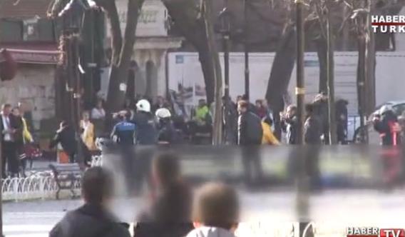 Un terrorista suicida en Estambul mata a 10 personas y deja a 15 heridas