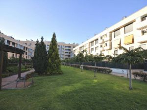 Asciende un 16,23% la venta de vivienda protegida en Navarra durante 2015