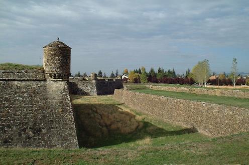 Cultura comienza la restauración de la Ciudadela de Jaca (Huesca)