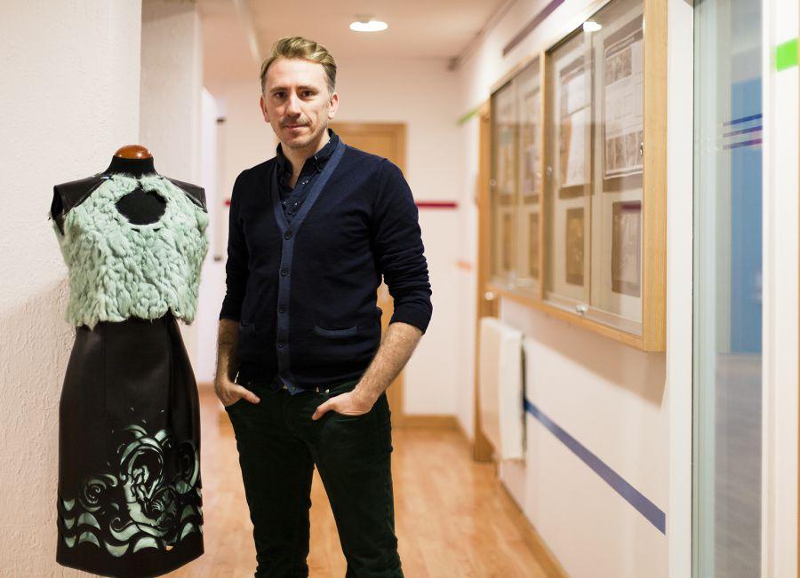 Iván Puente, alumno de Creanavarra, finalista en el concurso de moda internacional REMIX
