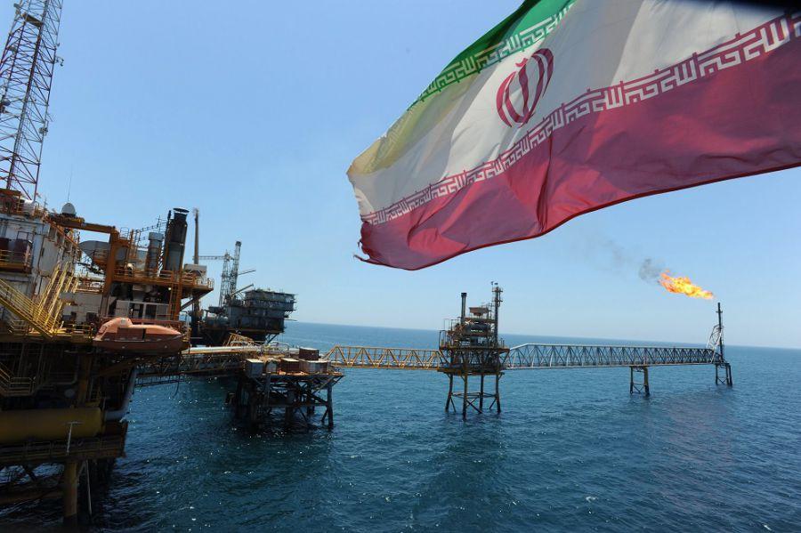 La presión de EE.UU. sobre Irán eleva el petróleo hasta su máximo de este año