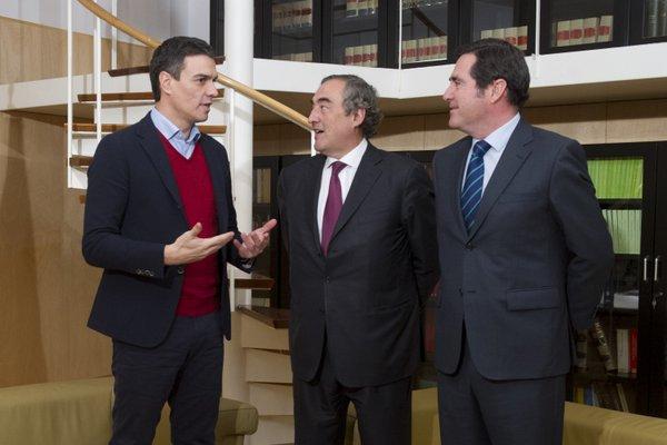 La CEOE no teme un Gobierno con una coalición PSOE-Podemos