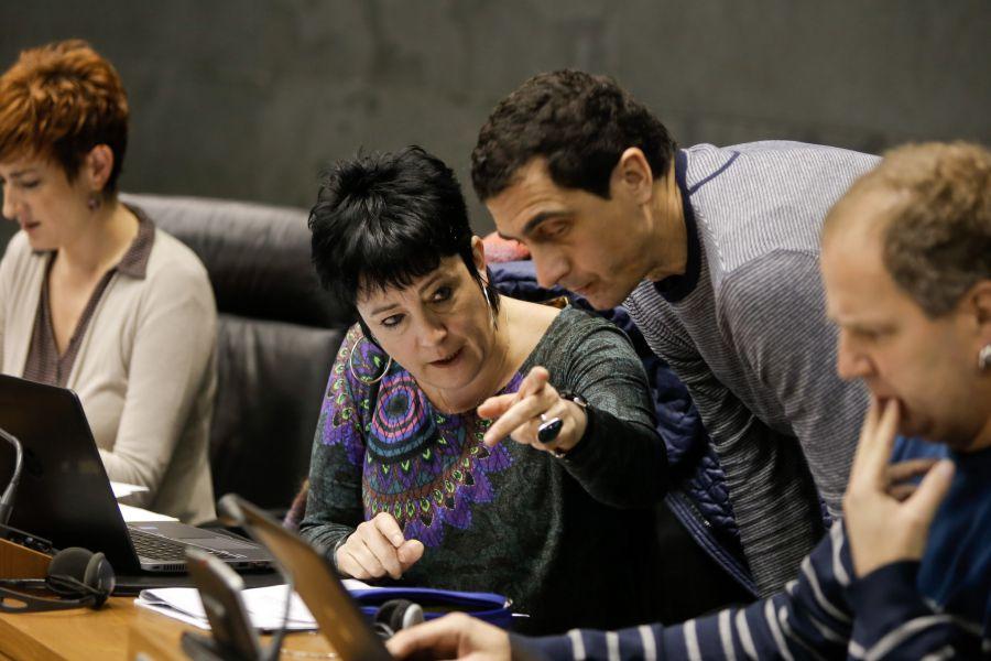 Se insta al Gobierno de España a derogar el Real Decreto-Ley 16/2012