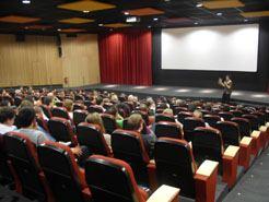 """La Filmoteca acoge en marzoun ciclo sobre """"Cine y dentistas"""" y otro sobre """"Cine y Matemáticas"""""""