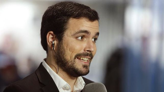 Garzón cree que Besteiro debe abandonar la secretaría general de PSOE gallego