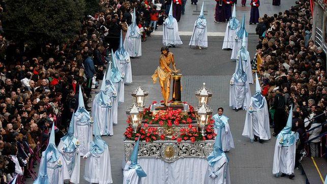 Los destinos turísticos españoles preparan la mejor Semana Santa desde 2008