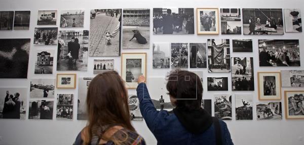 """Sevilla muestra el arte español de finales del franquismo en """"1957-1975"""""""