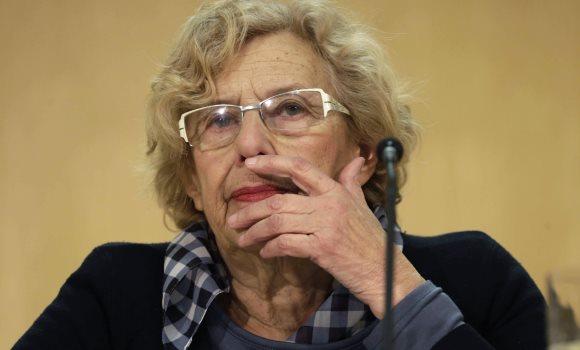 Carmena matiza que pide investir a Sánchez en una coalición de izquierdas
