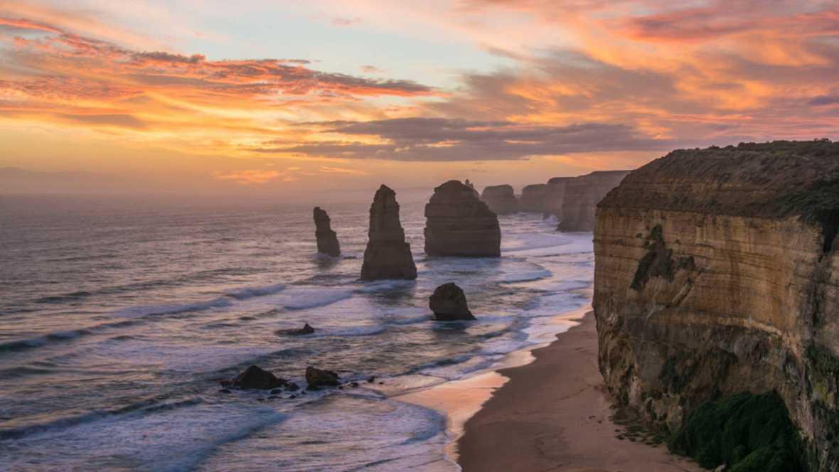 """Descubren cinco columnas más debajo del icono australiano """"Doce apóstoles"""""""