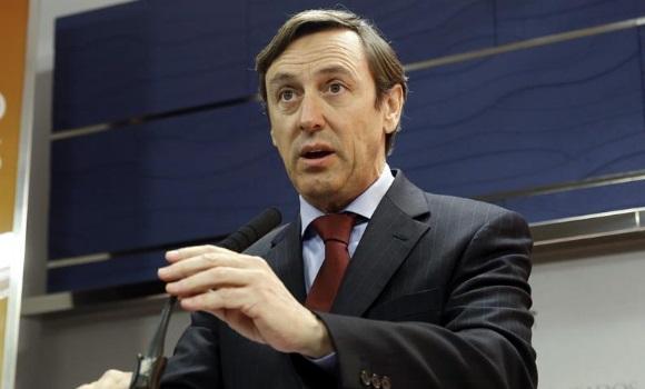 El PP dice a Sánchez que no puede ser equidistante con el Gobierno y la Generalidad