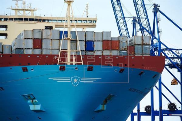El déficit comercial se reduce un 8,1 % en enero, hasta 2.387 millones