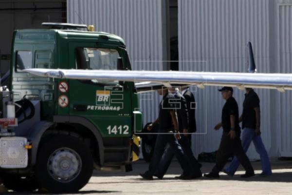 La policía brasileña registra la casa de Lula da Silva por el caso Petrobras
