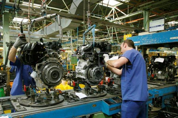 Navarra una de las comunidades españolas donde sube la producción industrial (2,3%)