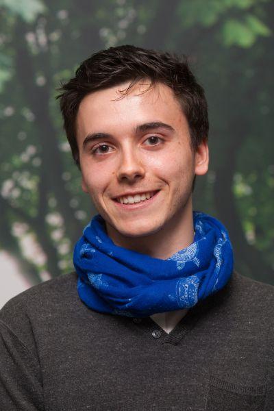 El navarro Alberto Pezonaga, ganador de la Olimpiada Filosófica de España