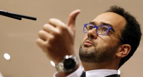 El PSOE pide subir un 8% el salario mínimo para apoyar el objetivo de déficit