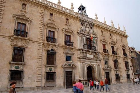 Registran el Ayuntamiento de Granada en una operación por corrupción urbanística