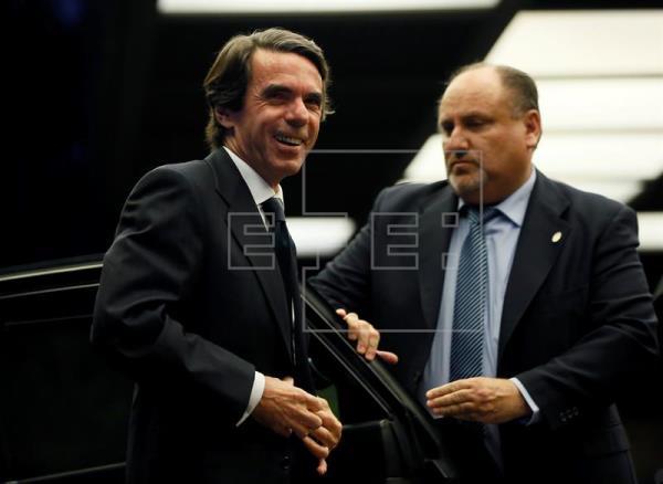 Aznar denuncia a Hacienda por revelación de sus datos tributarios