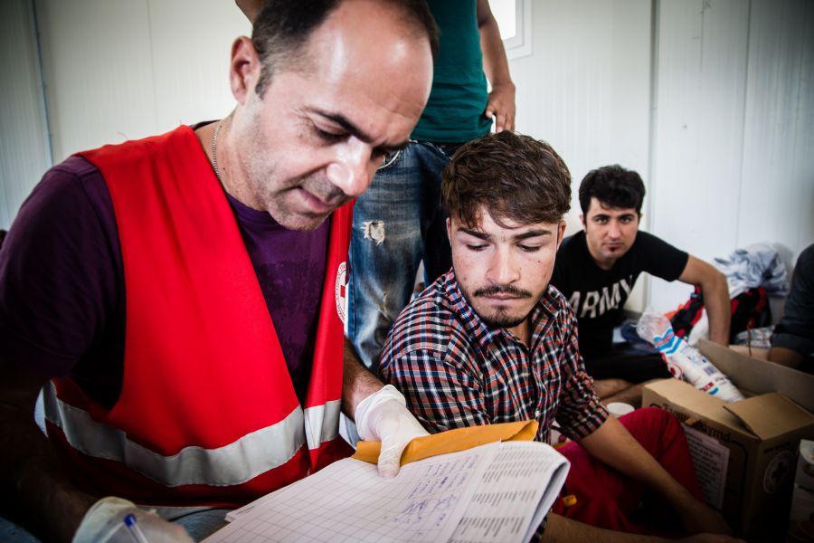 España acoge hoy a otros 27 refugiados, que llegan desde Italia