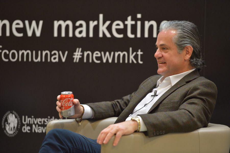 """Quinto: """"la estrategia lo es todo en el marketing; por eso, en Coca-Cola hemos decidido volver a nuestra esencia"""""""