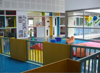 El TAN anula el incremento en el nivel de inglés exigido para las trabajadoras en escuelas infantiles de Pamplona