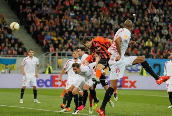2-2. El Sevilla arranca un valioso empate en Ucrania