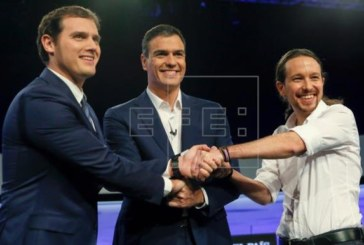 Primera reunión hoy de PSOE, C's y Podemos para ver si es viable un acuerdo