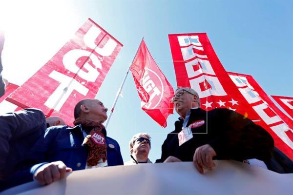 CCOO y UGT aprovechan el 1 de mayo para pedir el voto y un Gobierno de cambio