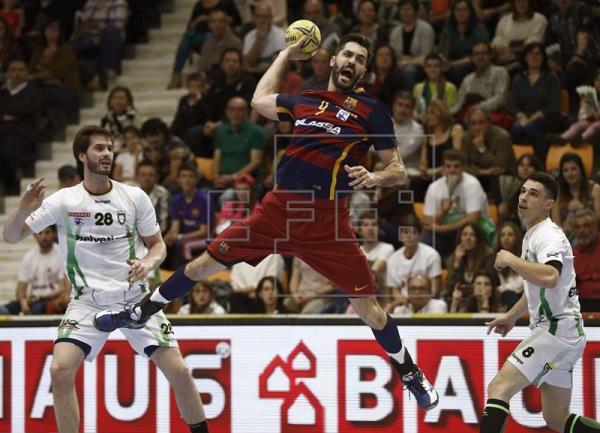 30-33. El Barcelona revalida el título en Pamplona ante el anfitrión Anaitasuna