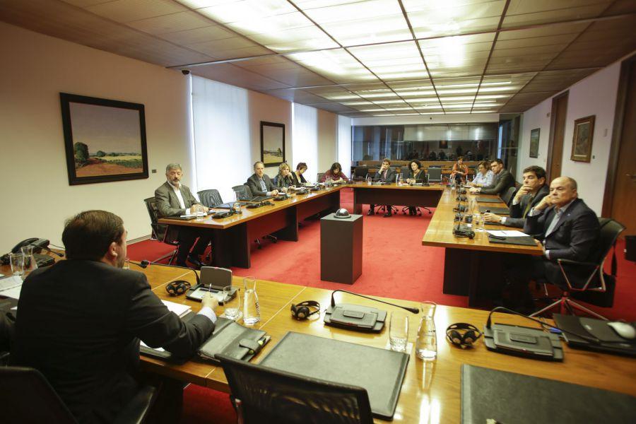 La Comisión de Investigación sobre la desaparición de CAN solicita un mes más para analizar las actas de los órganos de gobierno