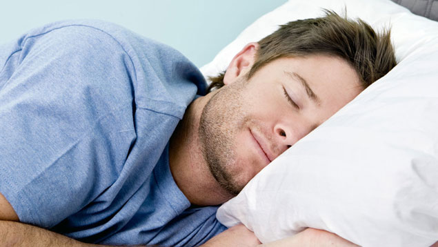 La presión cultural influye más que los ritmos naturales en el hábito de dormir
