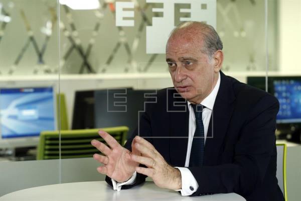 Fernández Díaz: un Gobierno de Podemos-IU vale para Venezuela, pero arruinaría a España