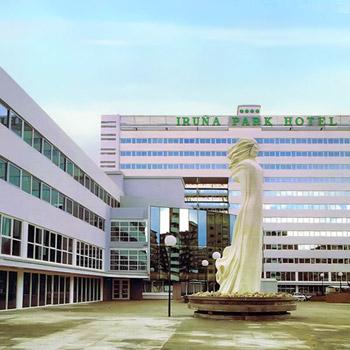 Llamamiento para equipar el Hotel Iruña Park como Hospital de Emergencia