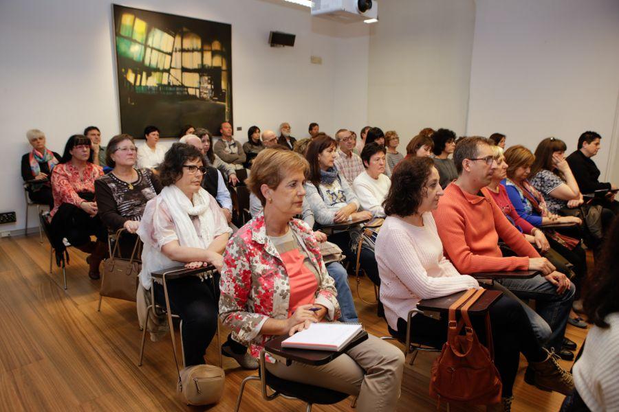 El Parlamento de Navarra se suma al Día Mundial de la Fibromialgia