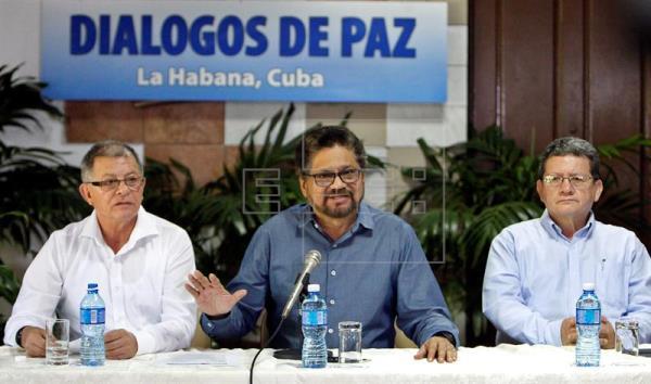 Asesor jurídico de las FARC afirma que la paz puede firmarse en junio