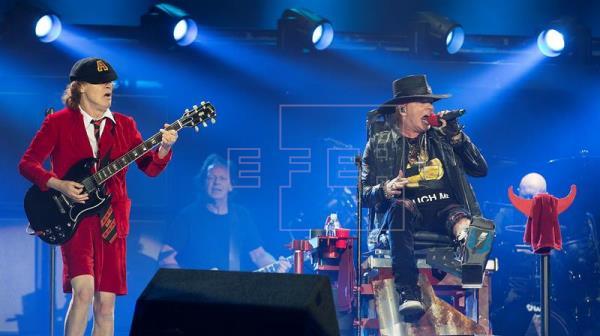 Angus Young lleva el infierno de AC/DC a Sevilla