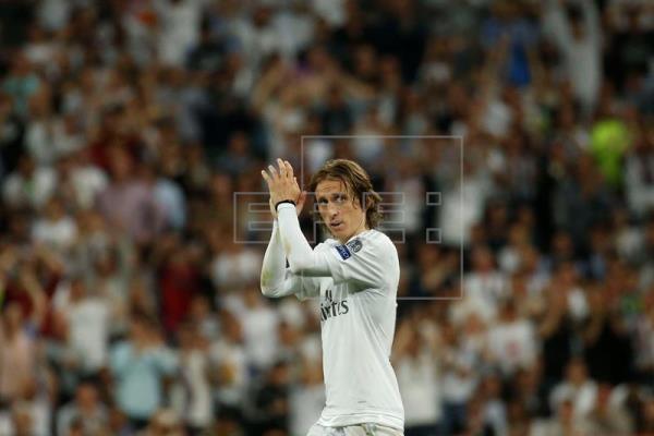Modric aventaja a Casemiro y Kross como mejor centrocampista de Europa