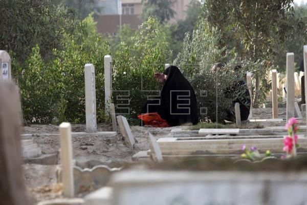 EI lapida hasta la muerte a una mujer y 20 jóvenes por relaciones ilegítimas