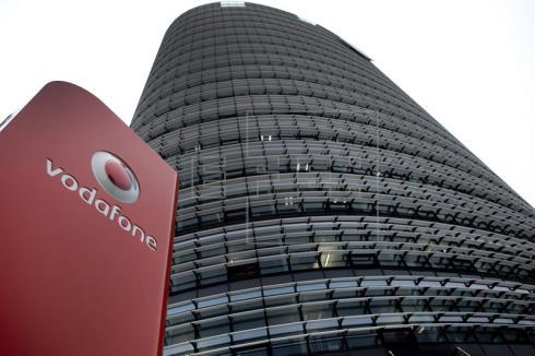 Vodafone anuncia que no comprará el fútbol a Telefónica y se centra en cine