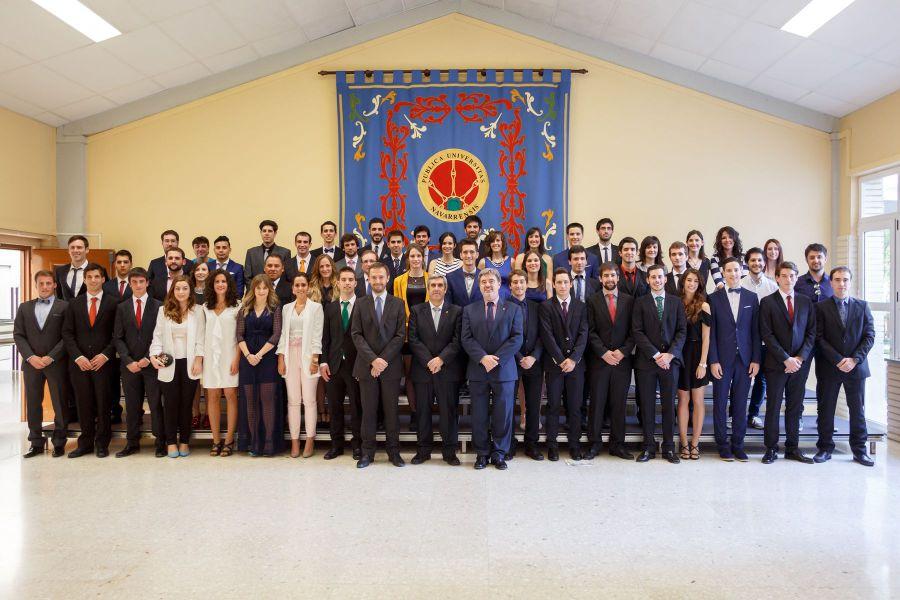 Graduación de 49 graduados en Másters de ingeniería y telecomunicaciones en la UPNA