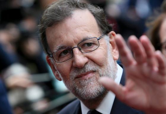 """Rajoy dice que el PP no ha firmado el pacto PNV-PSE """"más que nada porque no ha sido invitado"""""""