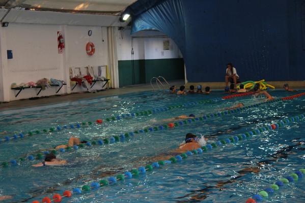 ¿Qué nos aporta la natación?