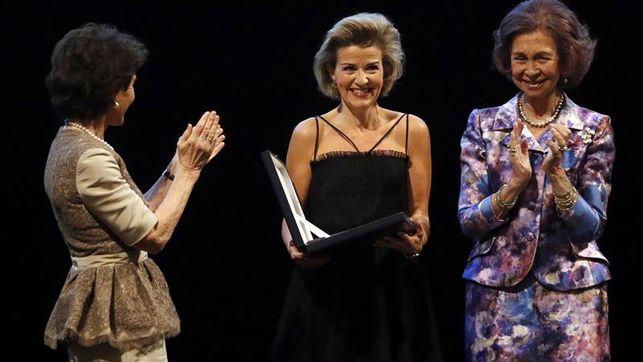 Doña Sofía entrega Premio Yehudi Menuhin a la violinista Anne-Sophie Mutter