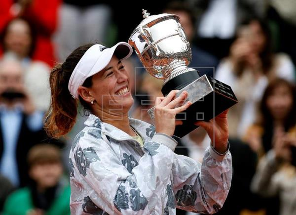 Muguruza vence a Williams y gana en Roland Garros su primer Grand Slam