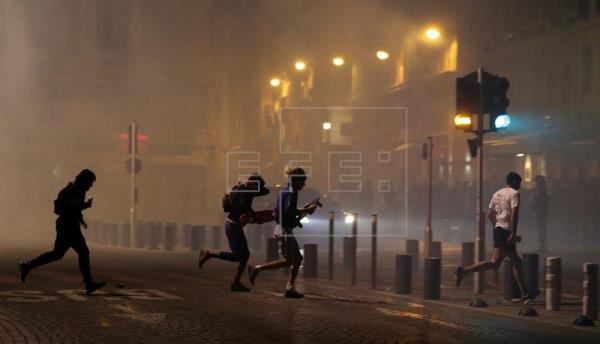 Francia defiende el dispositivo de seguridad de Marsella, pero corregirá